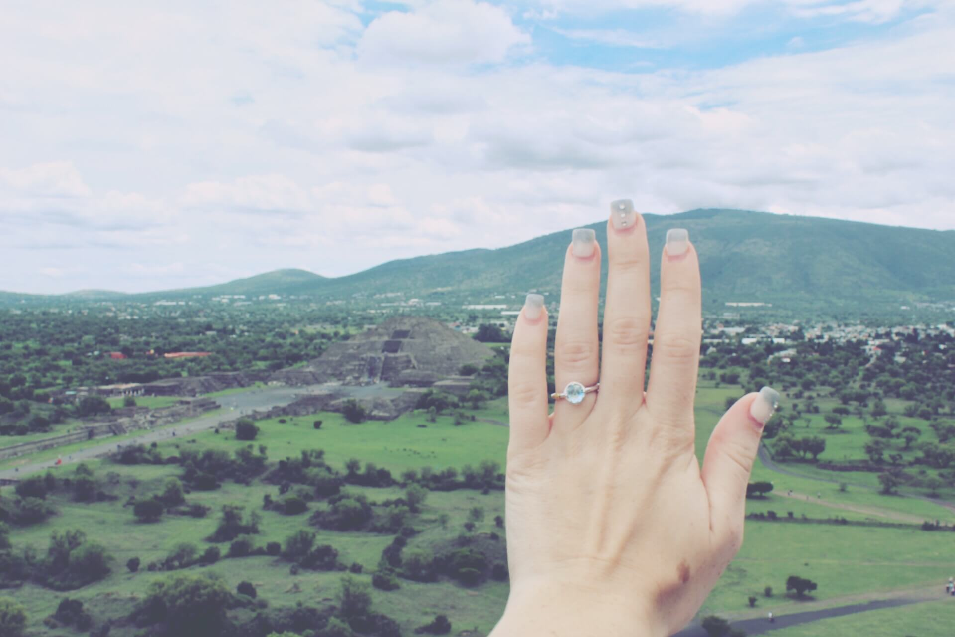 Our Engagement Story   Engagement Ring at Teotihuacan