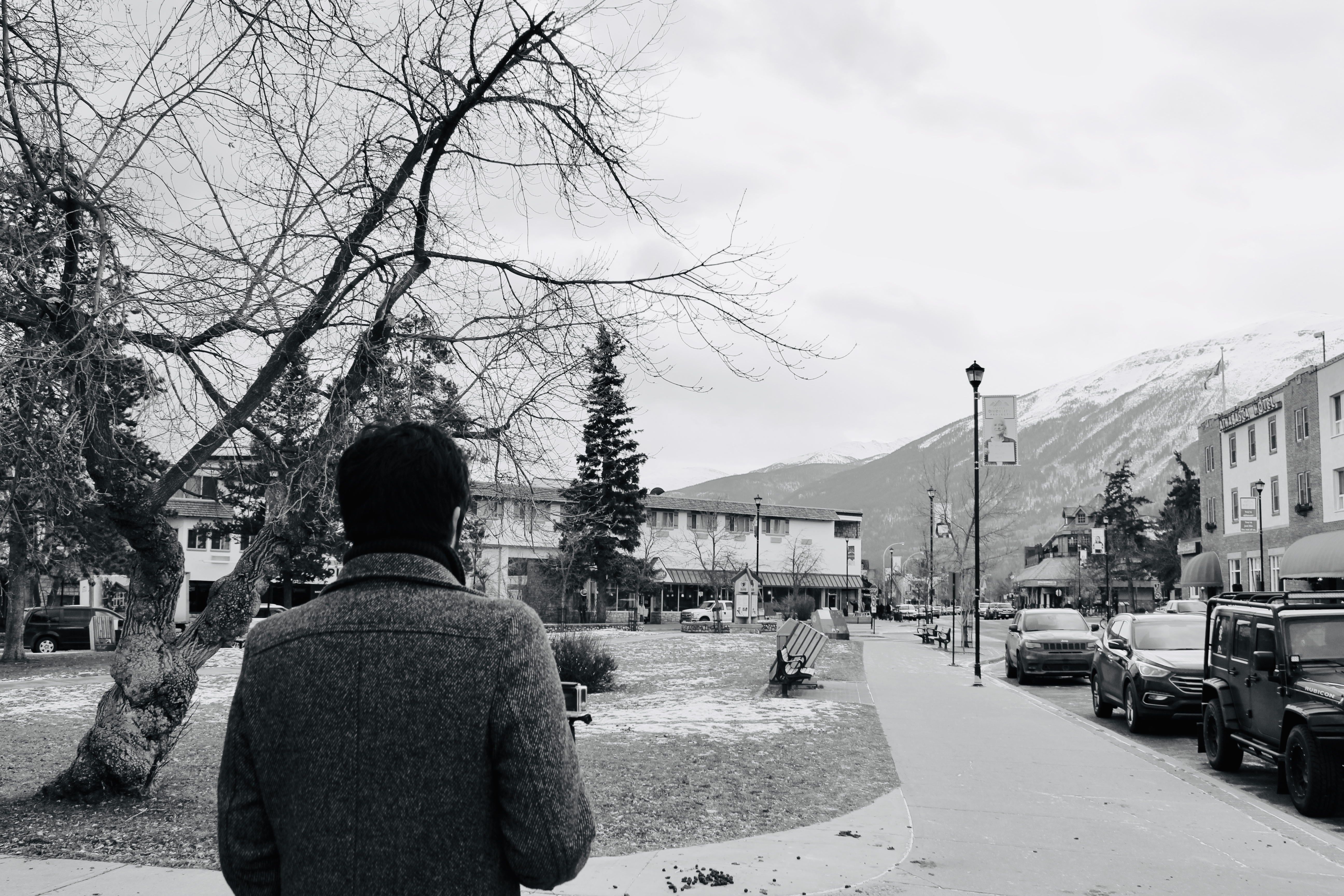 Where to Stay in Jasper | Walking through Town