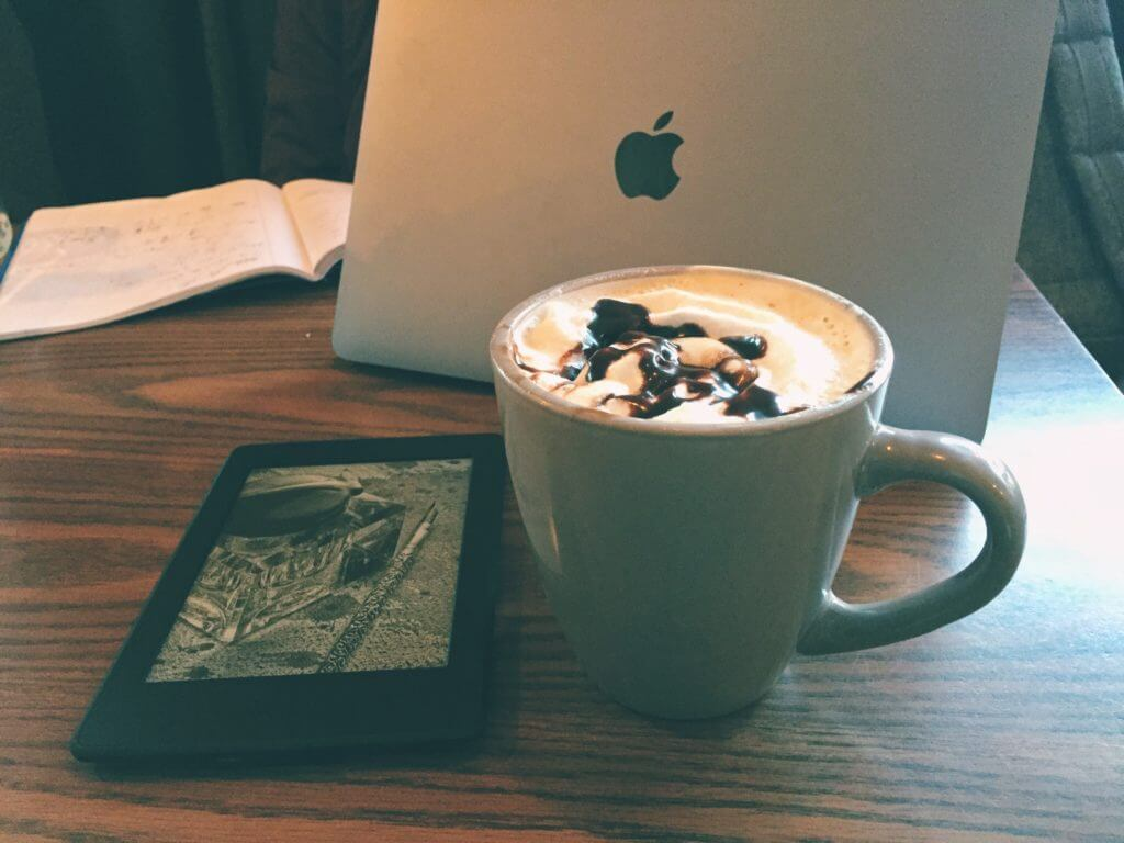 Where Should I Study Abroad | How I Chose to Study Abroad in Chile | Blogging in a Cafe