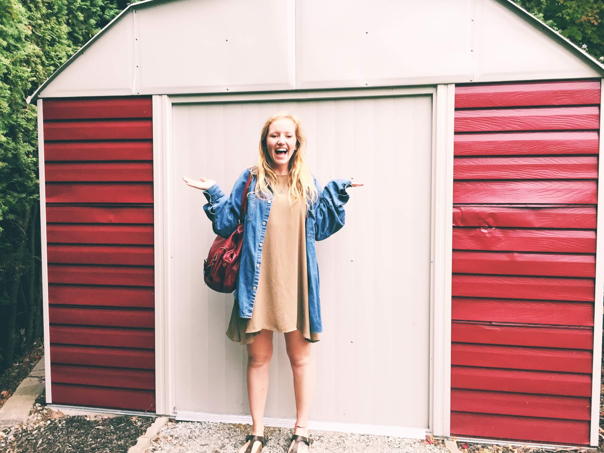 How to Reduce Your Ecological Footprint by thrifting clothes