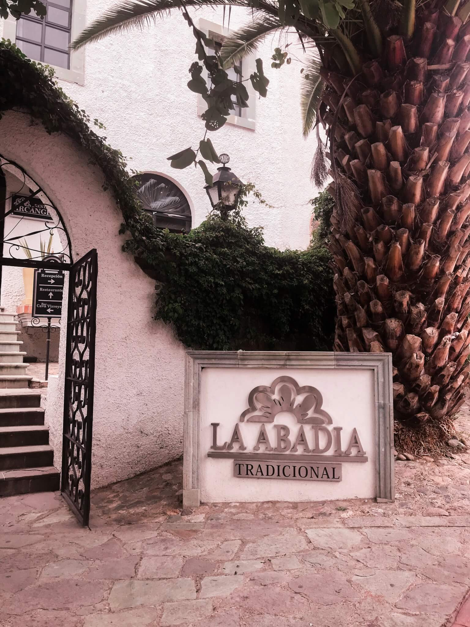 Where to Stay in Guanajuato: Hotel Abadia Tradicional Review
